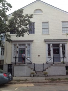 Brian at 802 Princess Anne St., built by Dr. Beverly Welford in 1826.  Note the historic plaque in the center of the building.